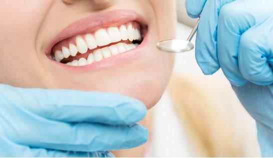 İzmir' de 24 Saat Açık Diş Hekimleri Karşıyaka ve Narlıdere